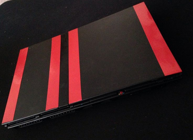 PS2 Slim . Red and Black
