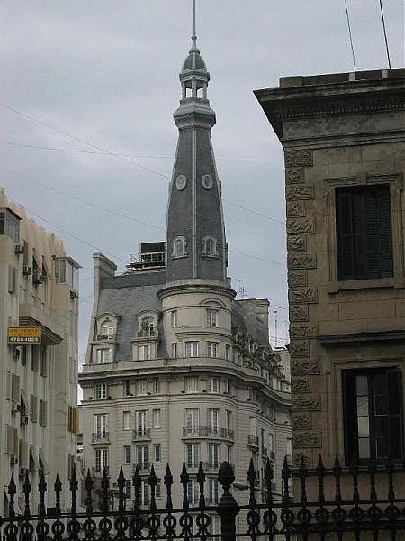 Palermo Viejo - Cúpulas de Buenos Aires - Desempolvando el baúl de los recuerdos Callao y Lavalle (Callao 499)