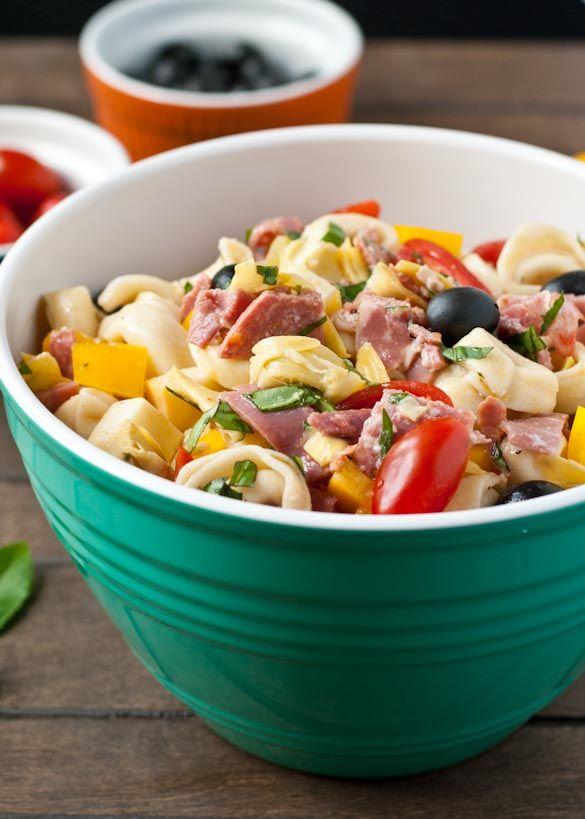 Antipasto Tortellini Pasta Salad- a great picnic side dish or main dish! #SundaySupper
