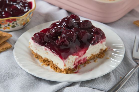 Easy Cherry Delight Dessert No-Bake Recipe - Genius Kitchen