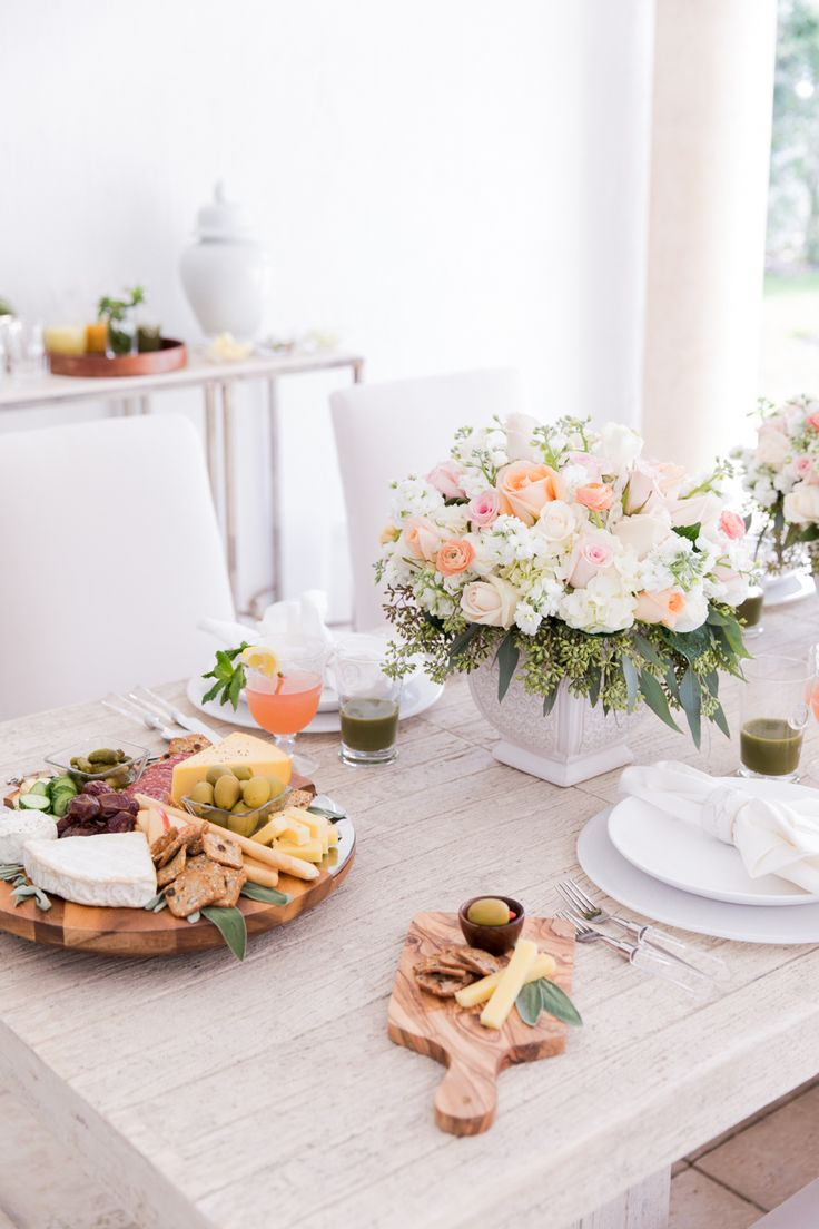 Kick off Spring with this Tablescape - Fashionable Hostess | Fashionable Hostess
