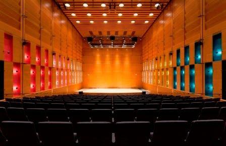 Concert hall, Korundi House of Culture
