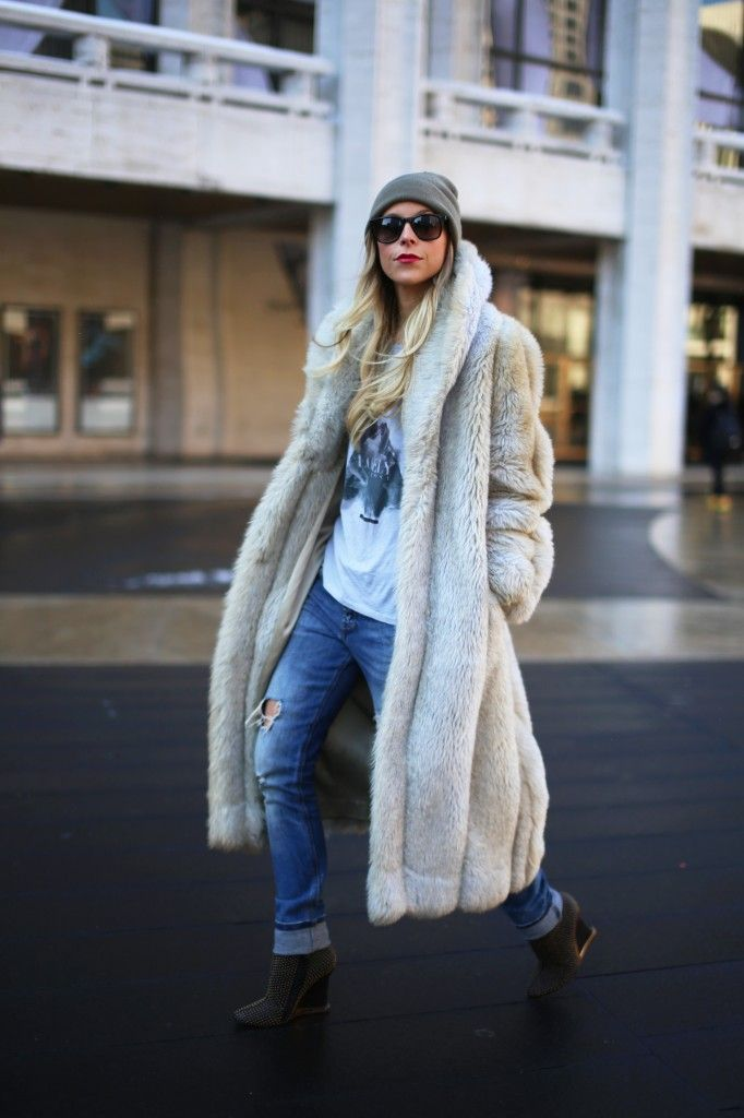 Boots with the Fur, Great Faux Fur coat, Happily Grey, jacket, warm, cozy, winter style