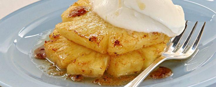 Ananas caramellato con gelato di panna Sale&Pepe
