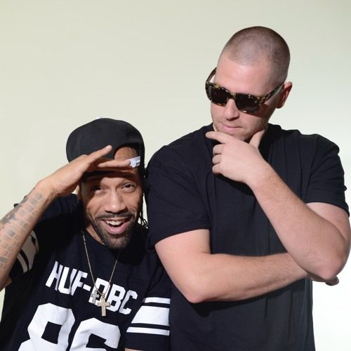 1000volts is a duo comprised of hip-hop icon REDMAN, and world renowned turntablist and producer, JAYCEEOH.