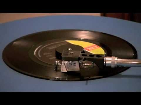 ▶ Johnny Rivers - Summer Rain - 45 RPM Original Mono Mix - YouTube Loved every song he ever sang!!