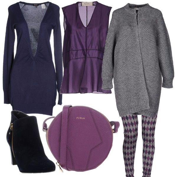 Per questo outfit: smanicata viola morbida, cardigan lungo con scollo profondo blu notte, leggings quadrettati, stivaletti blu notte, cappotto grigio Stefanel e borsa rotonda viola Furla.