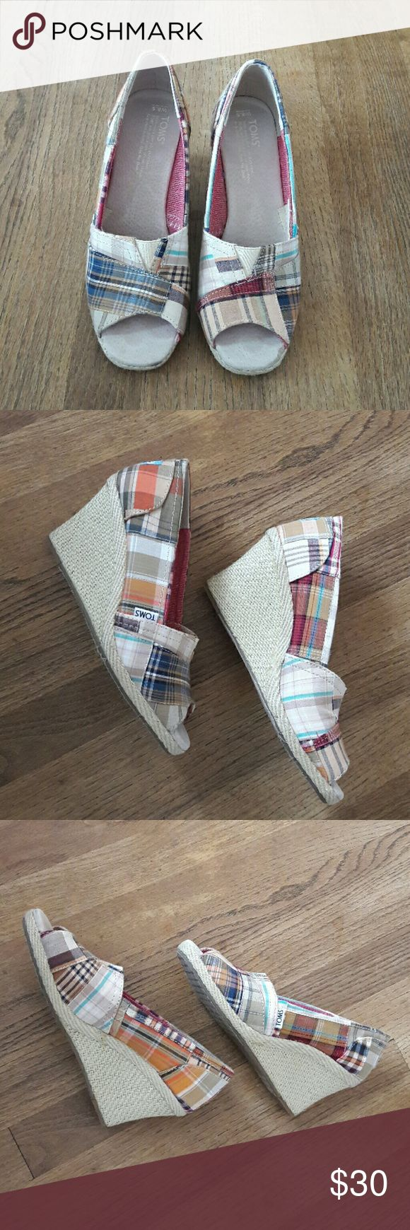 """TOMS Madras wedge espadrilles Perfect for Spring and Summer wear! Comfortable and classic with a 3"""" heel. Gently worn a handful of times with no scuffs Size is a standard 8.5 - the W stands for """"women's"""". TOMS Shoes Espadrilles"""