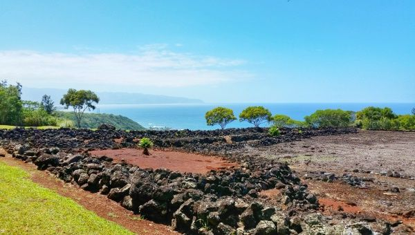 For best views on Oahu, visit this heiau that has an easy hiking trail. Things to do in Oahu on Hawaii vacation on the North Shore. Day trip from Waikiki.