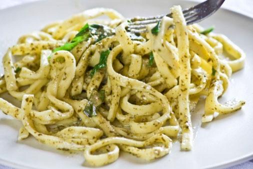 Pesto Linguini