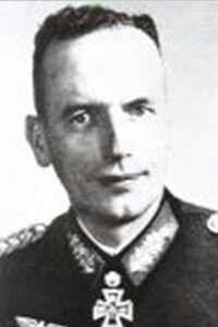 Generalleutnant Eugen König (19 September 1896 - 08 April 1985), 91 Luftlande Infanterie Division, 272 Volksgrenadier Division.