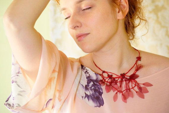 Red leaves necklace from rustic garden collection by FiveOClocks