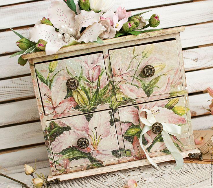 Купить комод  ЛИЛИИ с цветочной композицией - бледно-розовый, комод, комодик, большой комод, мини-комодик