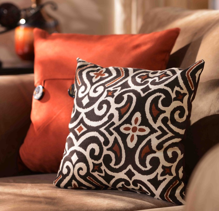 Kirklands Floor Pillows : 1000+ images about Love Your Living Room on Pinterest Floor candle holders, Floor lamps and ...