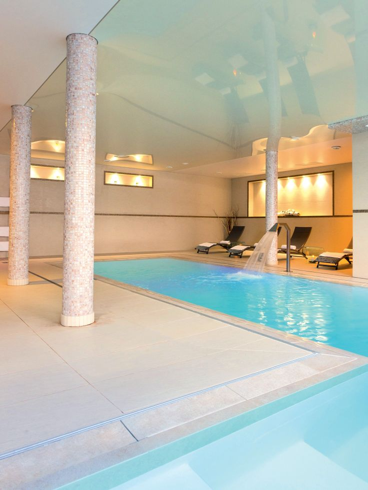 17 best images about piscines collectives on pinterest for Design piscine 47