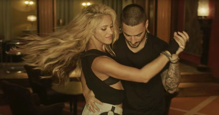 Watch Shakira Dance in Secret Bodega Club in New 'Chantaje' Video http://www.rollingstone.com/music/news/see-shakira-dance-in-secret-bodega-club-in-chantaje-video-w451436?utm_source=rss&utm_medium=Sendible&utm_campaign=RSS