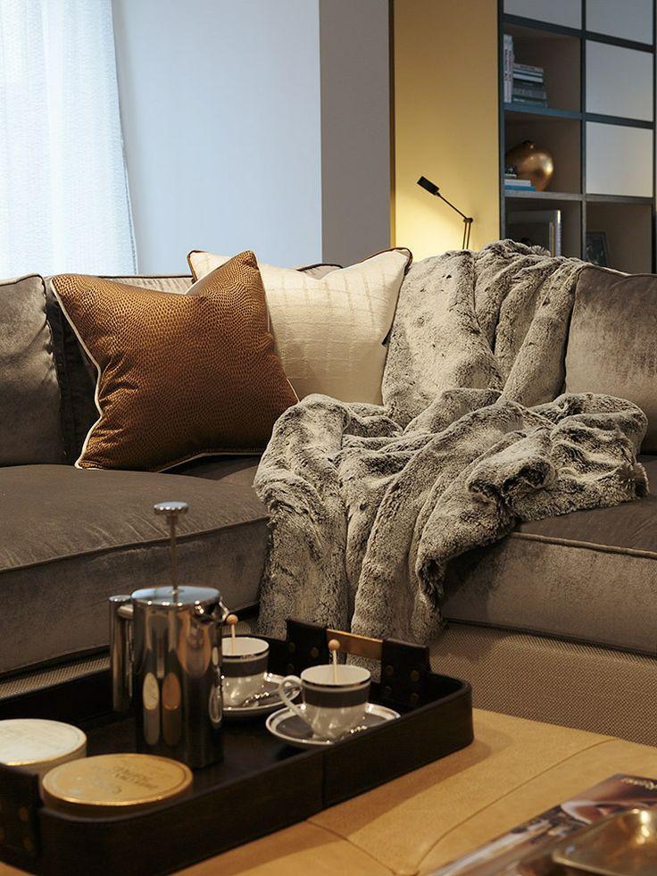 Rwid Velvet Sofa With A Fur Throw