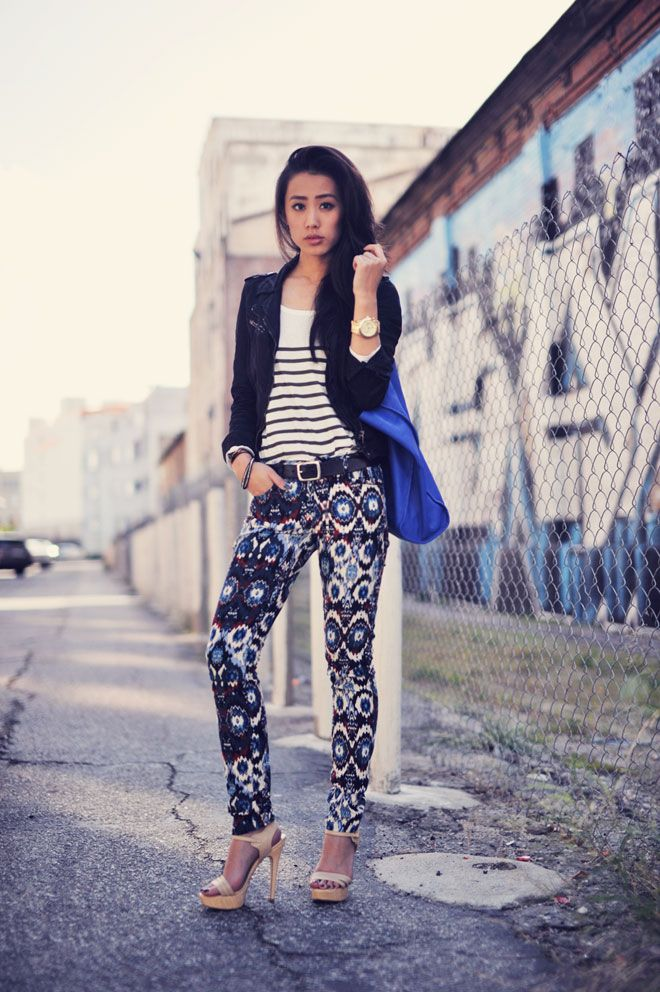 Those pattern pants again. With nude heels, which I also like.