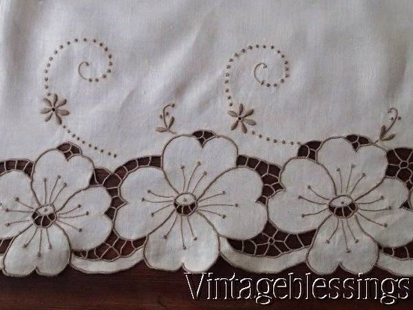 detail cutwork lace