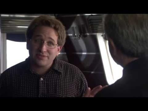 Scott Aaronson Many Worlds of Quantum Theory (Closer to Truth) - YouTube