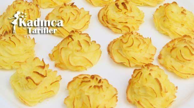 Düşes Patates Tarifi nasıl yapılır? Düşes Patates Tarifi'nin malzemeleri, resimli anlatımı ve yapılışı için tıklayın. Yazar: Sümeyra Temel