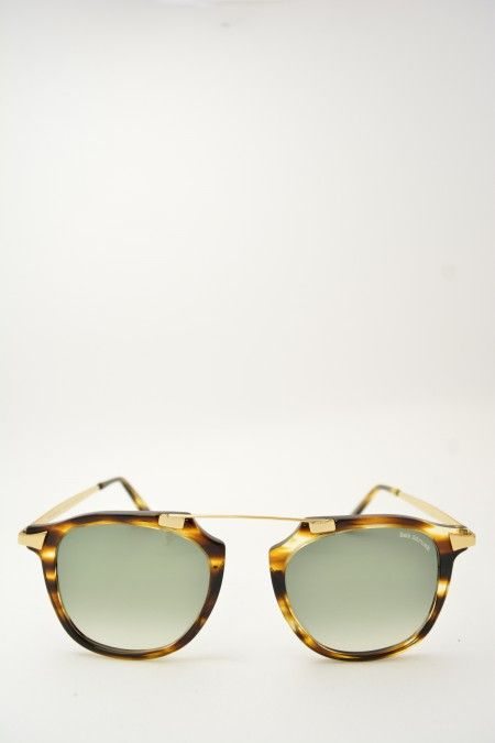 Bob Sdrunk NABIL havana and gold sunglasses #Sunglasses #BobSdrunk #HavanaShiny #SquareShape #Nabil #GreenGradient #BassanoDelGrappa #DesignGlasses #Design #Gold #Gomorra #GomorraTheSeries online store at www.bassanooptical.com