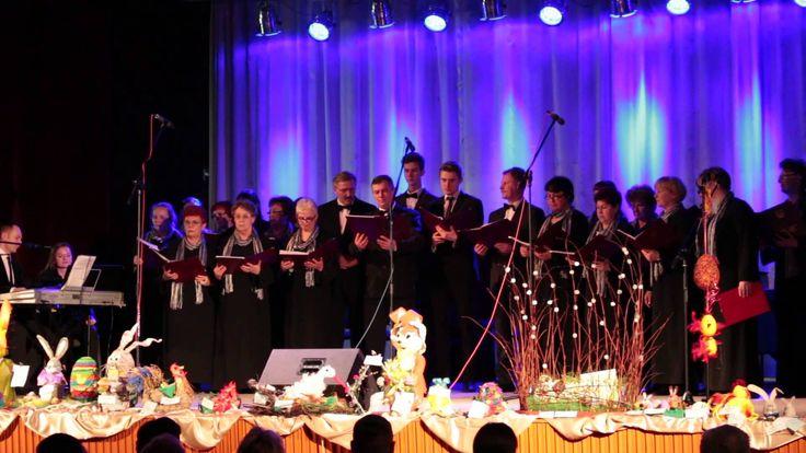 W sobotę w MOK przy ul. Żeromskiego odbył się wielkanocny koncert, a jednym z jego elementów był występ Chóru Nauczycielskiego VIVACE pod dyrekcją Piotra Mil...