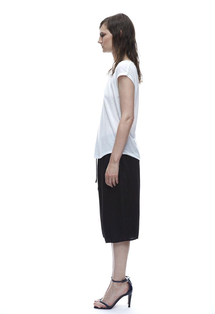 THIRD FORM SPRING 15 | TURNING TEE #thirdform #fashion #streetstyle #style #minimalism #trend #model #blackandwhite