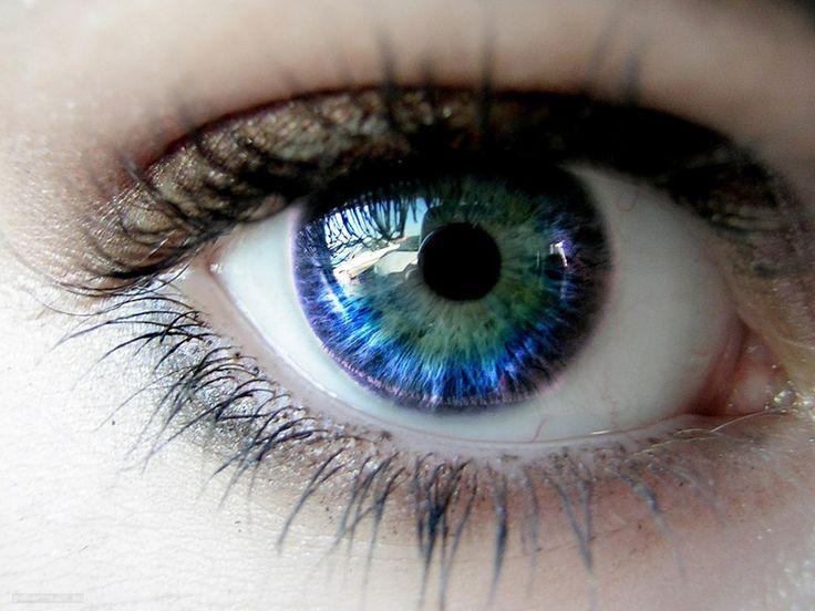 stunning eyes | ... Increase in Eye Disease Prevalence » Beautiful Eye 1024X768 Wallpaper