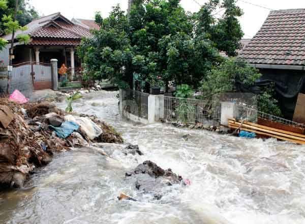 terbaru Warga: Jebolnya Tanggul Kali Laya Bukan Bencana Alam Lihat berita https://www.depoklik.com/blog/warga-jebolnya-tanggul-kali-laya-bukan-bencana-alam/