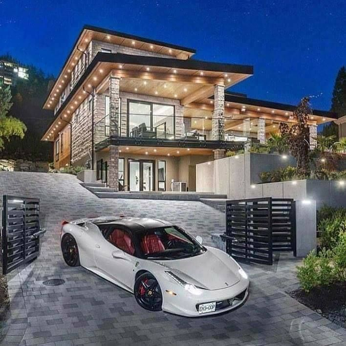 Garage Under House Luxury Homes Dream Houses Modern Mansion Dream House Exterior
