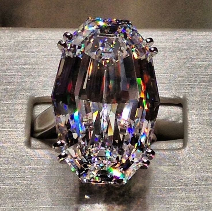Jacob Co 36.43 ct oval diamond ring ~ what an incredible cut~ Colors reflects.