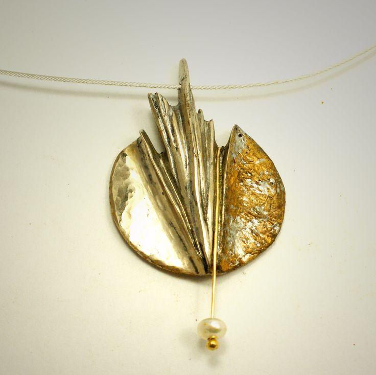 Un style unique pour collier de bronze blanc et perle d'eau douce