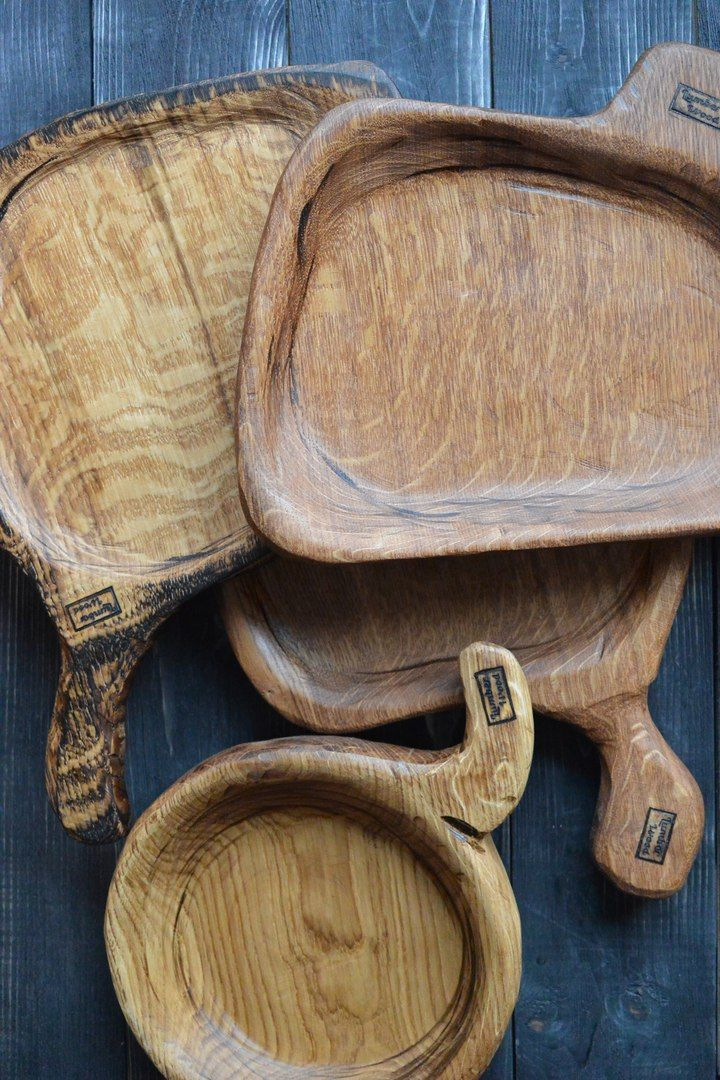 wooden dishes for restaurants, extraordinary oak boards, steak serving boards, serving boards for bars and restaurants, cutting board for restaurants, wood serving board, napkin, wooden tray, table setting.   We deliver our products all over the world