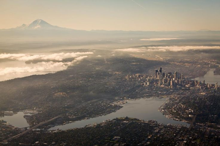 Great shot of Seattle from an airplane - showing Mount Rainier and downtown beautifully...
