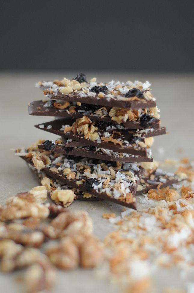 Walnut and Toasted Coconut Chocolate Bark || This dark chocolate bark ...