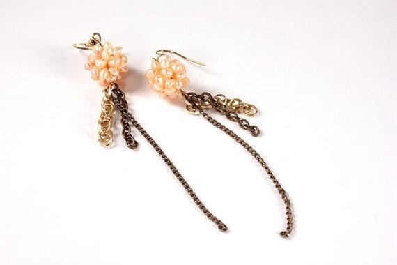 Peachy pearl beads