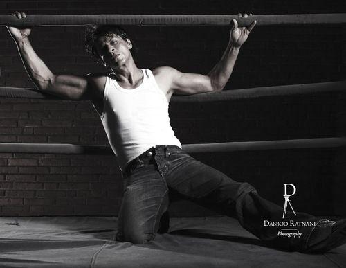 SRK first to 15 million followers! Sept 2015