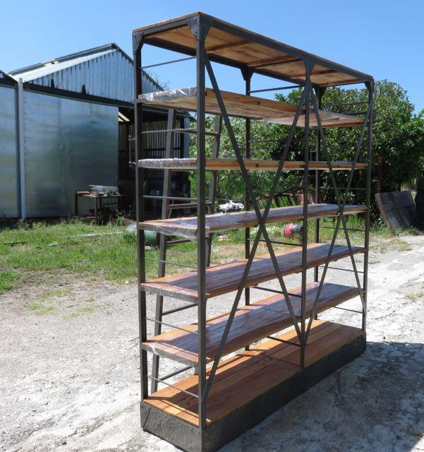 En 2015 puedes renovar tu espacio con nuestros muebles. Fabricamos muebles vintage-industrial. SOMOS MUEBLES DIFERENTES. madera-hierro@hotmail.com