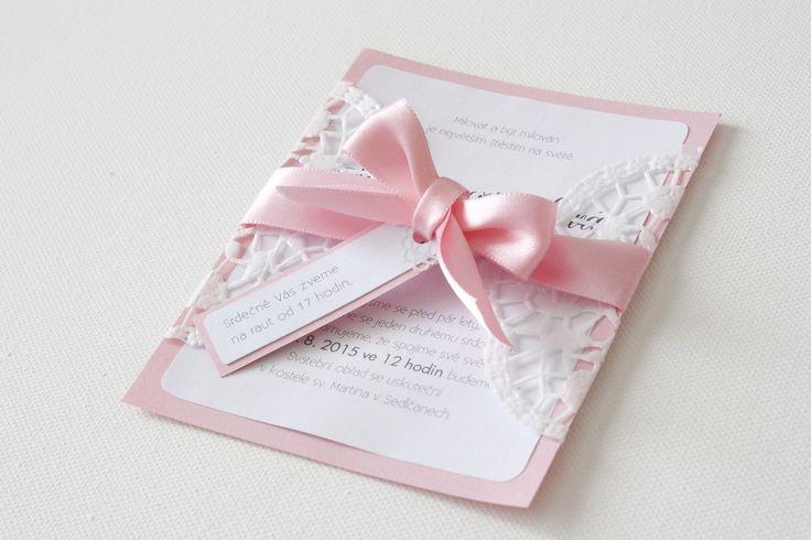 Svatební oznámení ,,pink,, Svatební oznámení na zakázku. Lze měnit barvu papírů, styl písma, stužka, případně papírová krajka jiného formátu. Neváhejte se na nás obrátit s jakýmkoliv nápadem a dotazem.