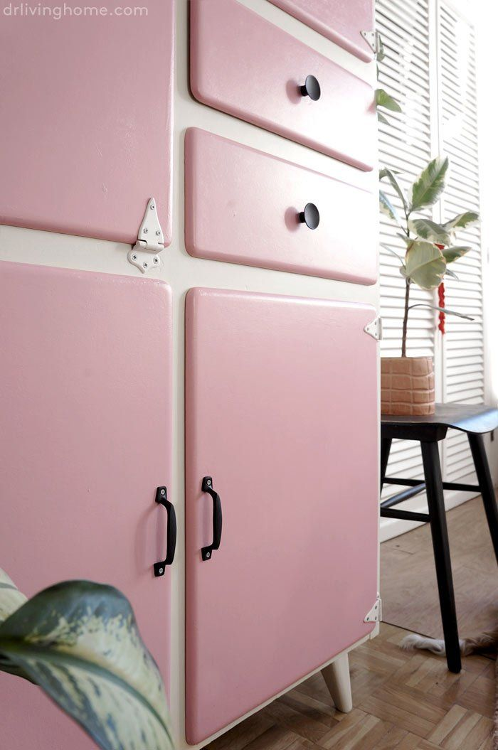Antes y después de una alacena de cocina vintage · Decoración online para casas con estilo Shaby Chic, Upcycled Furniture, New Kitchen, Chalk Paint, Handicraft, Credenza, Shabby, Crafty, Room