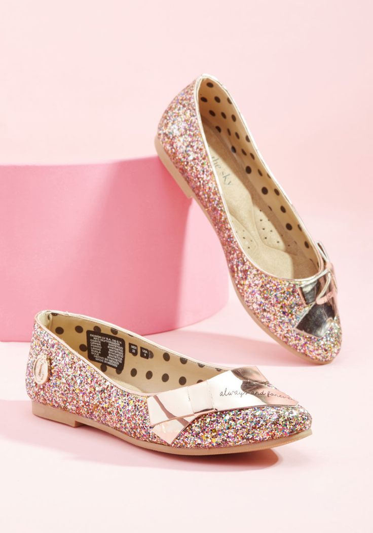 Do you, sassy fashionista, take these glittery flats from Loly in the sky as your chosen pair for your special celebration? Of course you do! Committing to the classic skimmer silhouette, colorful palette, and metallic gold bows of these cushioned-insole slip-ons is the easy part - now on to the dress! Psst - this pair is awesomely exclusive to ModCloth!