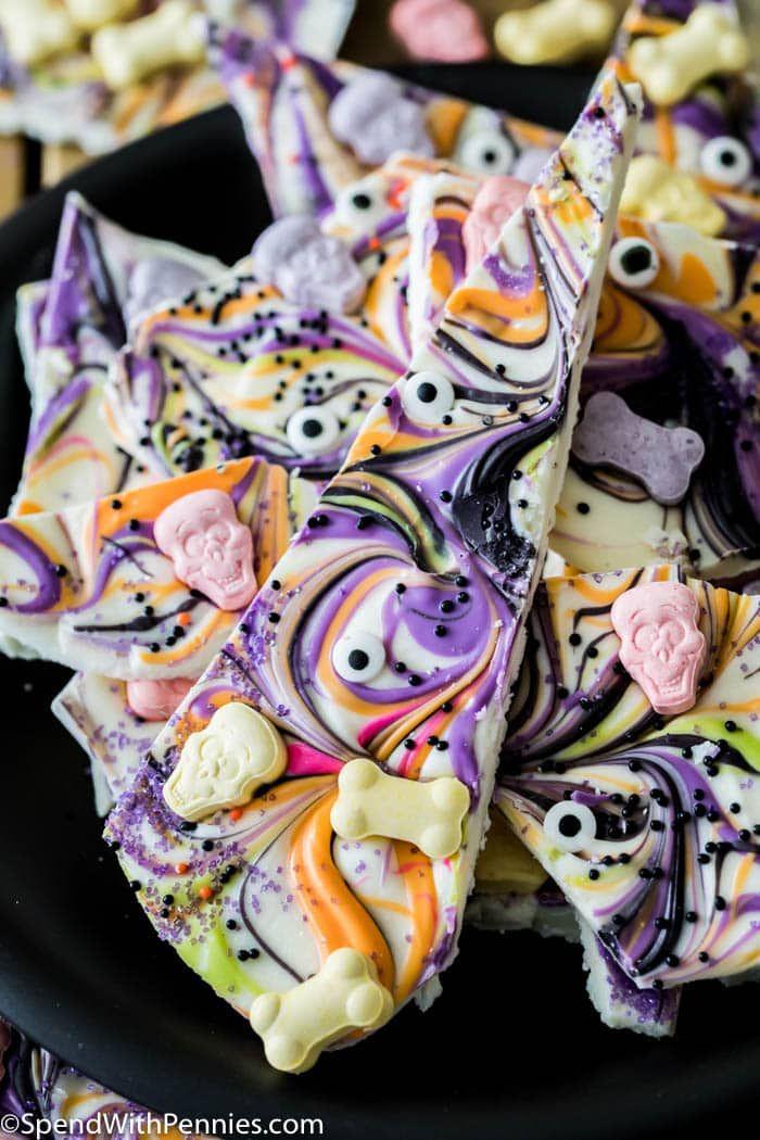 Amount Spent On Halloween Candy 2020 Halloween Candy Bark in 2020 | Halloween candy bark, Halloween