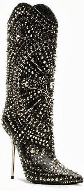 Versace ♥✤ | KeepSmiling | BeStayBeautifulHigh Heels Boots, Shoes Addict, Versace Boots, Shoes Fit, Studs Boots, Black Shoes, Men Shoes, Kinky Boots, Girls Shoes