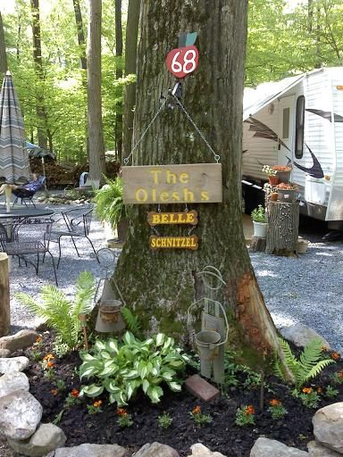 25 Unique Campsite Decorating Ideas On Pinterest Camp Signs Camping And Camper Hacks
