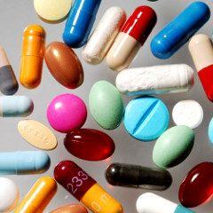 """Nouvelle liste de 68 médicaments """"plus dangereux qu'utiles"""" de la revue Prescrire (2014)"""