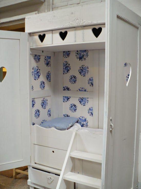 25 beste idee n over meisjeskamer opslag op pinterest kleine meisjeskamers meisjeskamers - Studio opslag ...