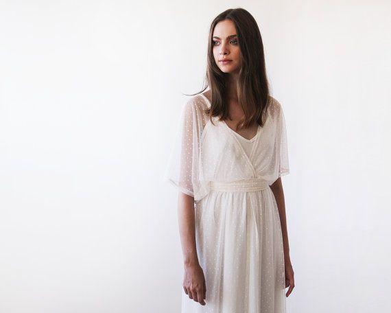 Ivoire robe pure de dots mousseline de soie, robe de mariée Ivoire avec bat des ailes manches, robe de mariée de style Boho