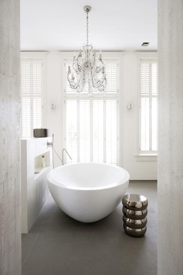 Bathroom white - shutters