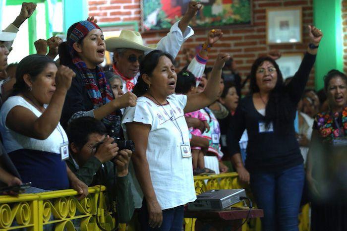 58 pueblos originarios deMéxico eligieron a María de Jesús Patricio Martínez comosu representantea las elecciones Presidenciales del 2018 durante un c